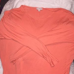 Women's loose fitting blouse